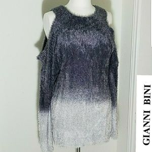 Gianni Bini Round Neck Cold-Shoulder Long Sleeve